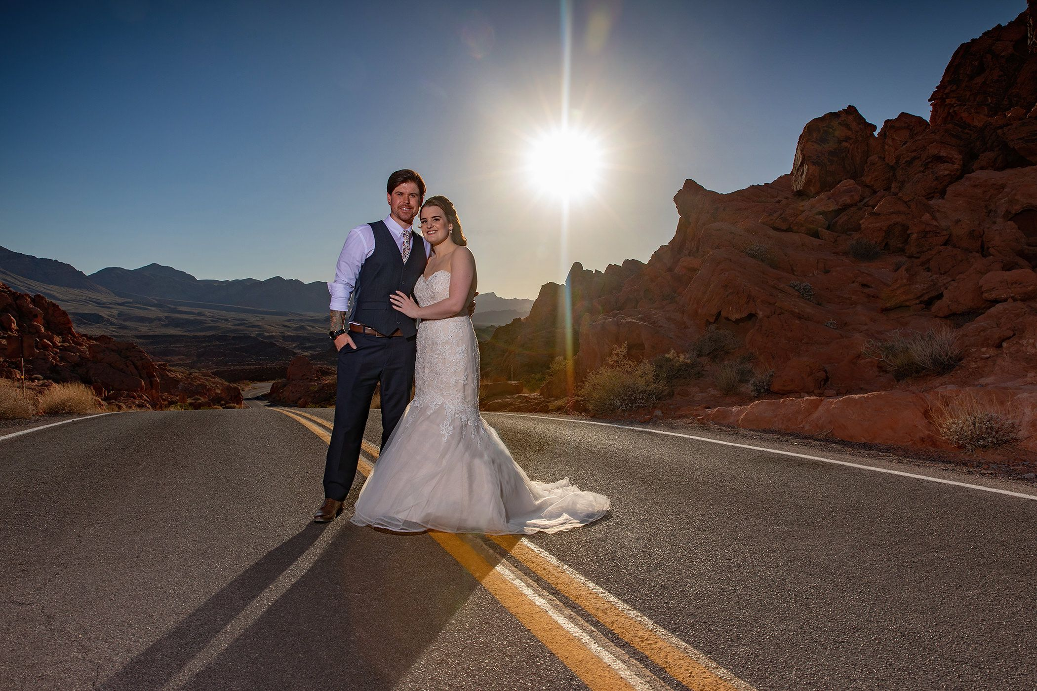 valley of fire wedding photography  late afternoon