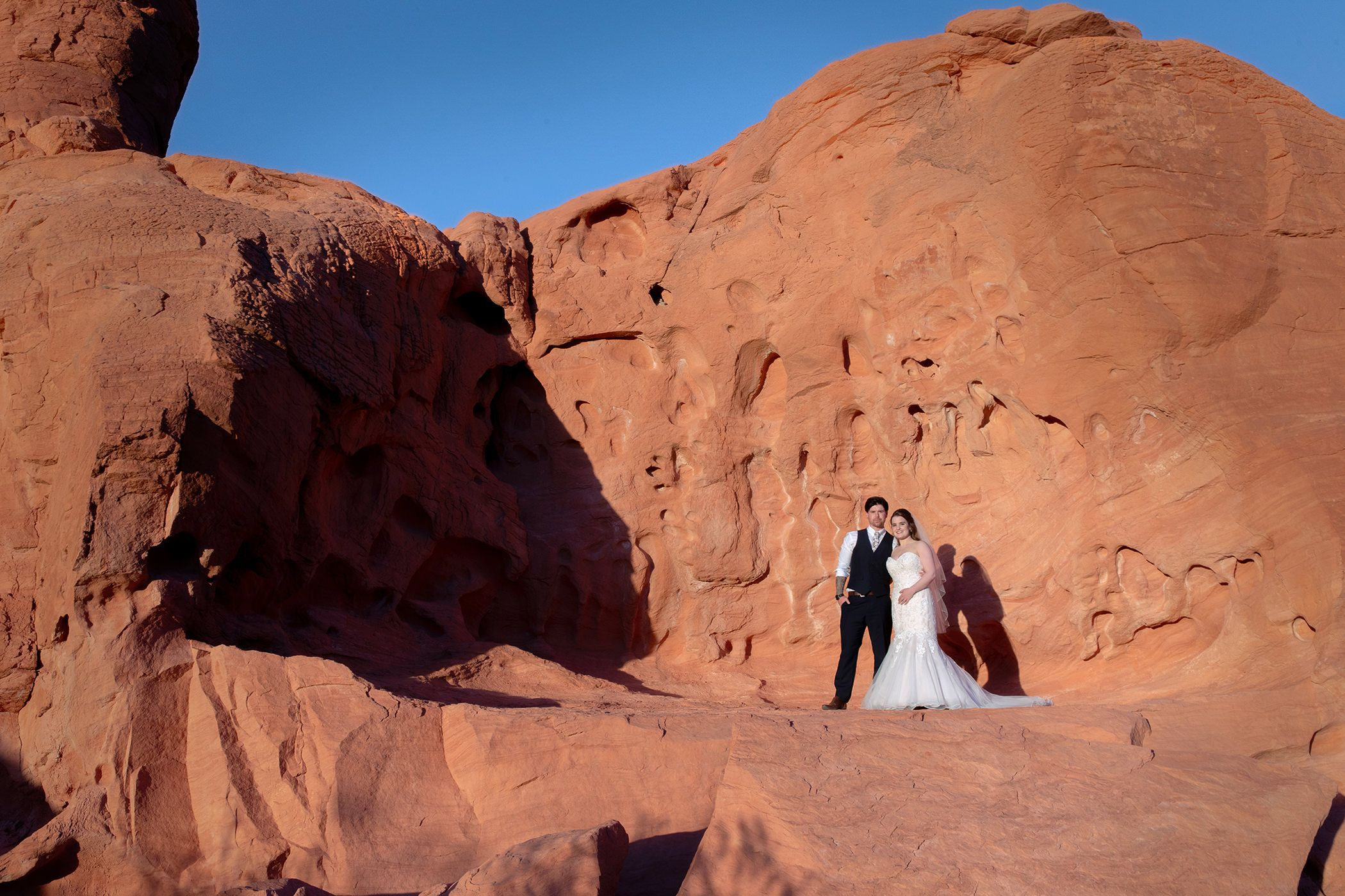 Seven sisters Valley of fire wedding couple