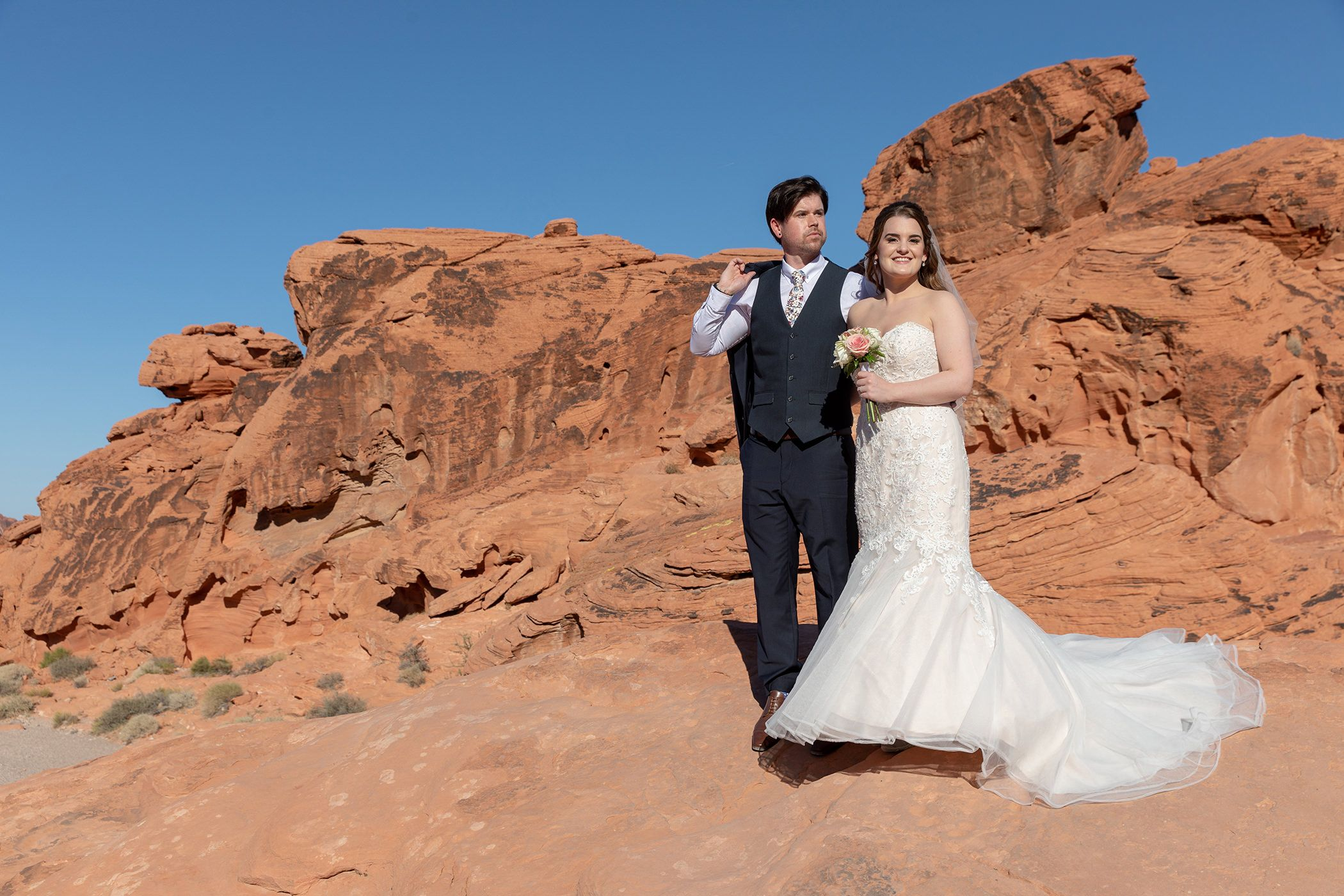 Bride and Groom Valley of fire at Beehives